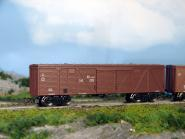 Gedecketer Güterwagen