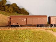 Gedecketer Güterwagen, modernisiert, Bremserstand